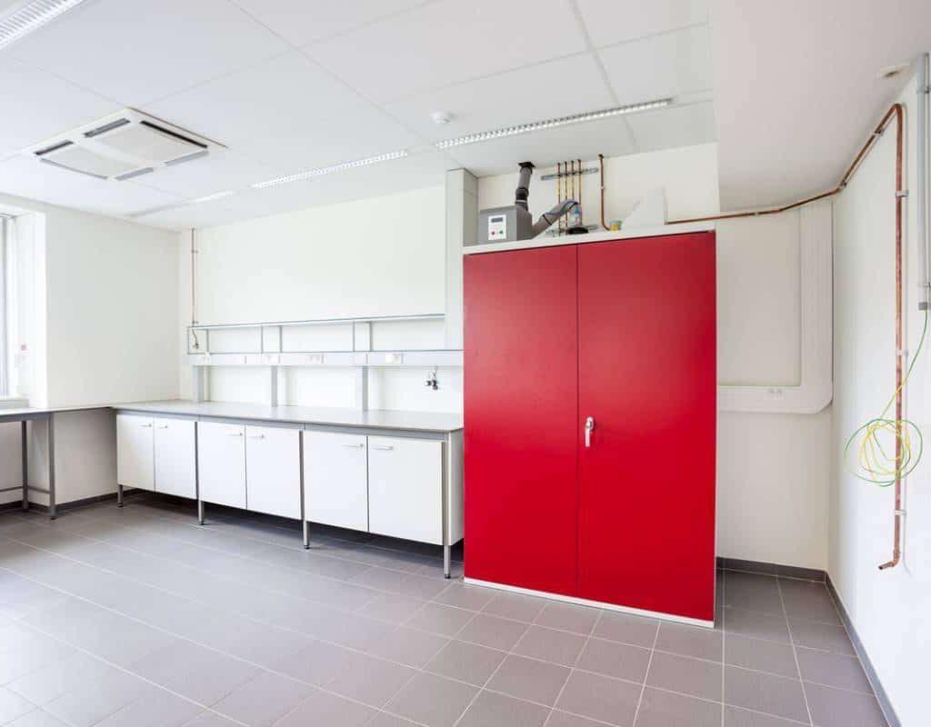 visuel-inflammables-solution-proteger-produits-armoire